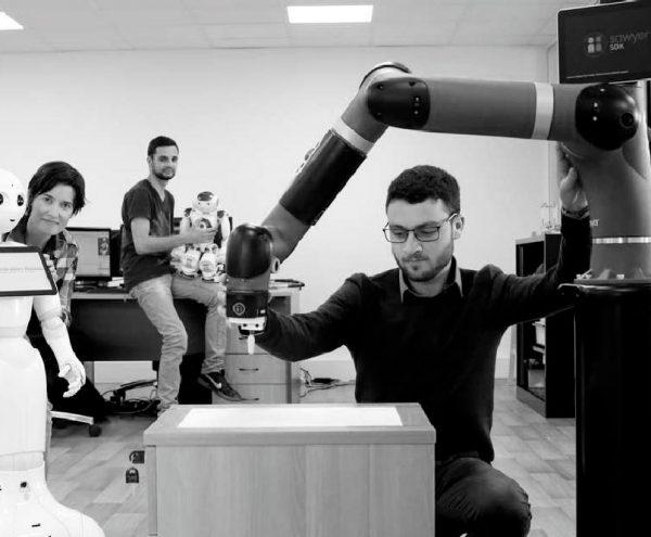 equipe-generation-robots-2-noir-blanc